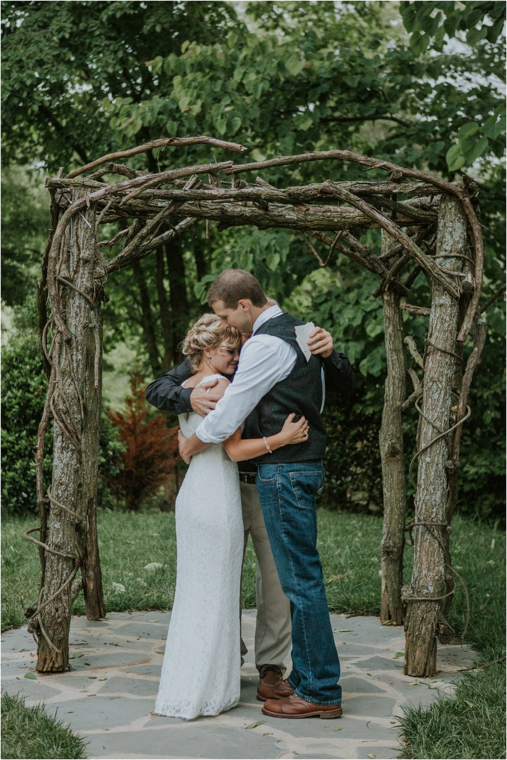 the-millstone-limestone-rustic-intimate-outdoors-backyard-wedding-wildflowers-tennessee_0091.jpg