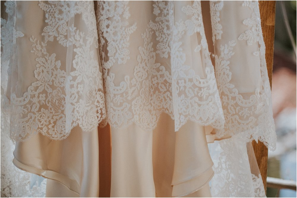 wedding-dress-bridal-gown-cleaning-preservation-tips-annies-room-boutique-adventurous-brides_0010.jpg