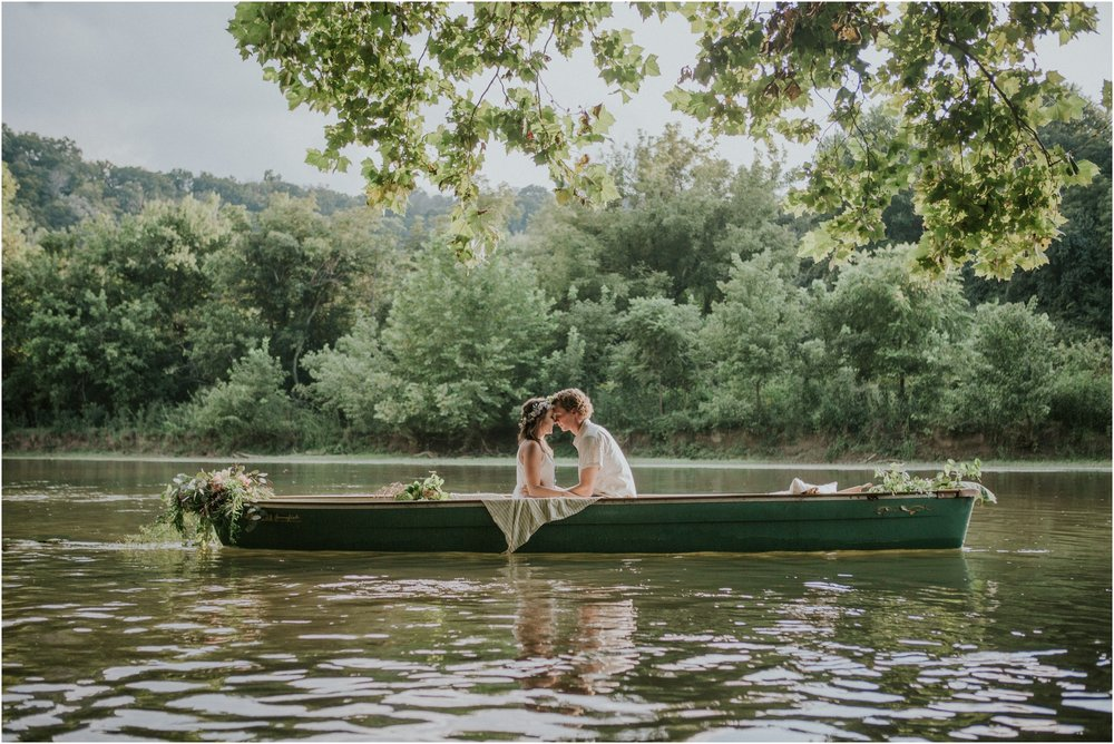 bohemian-canoe-pastel-blush-elopement-intimate-wedding-homestead-holston_0003.jpg