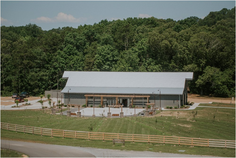 pink-rustic-apple-barn-howe-farms-elegant-summer-wedding-cleveland-tennessee-chattanooga-georgetown-tn_0003.jpg