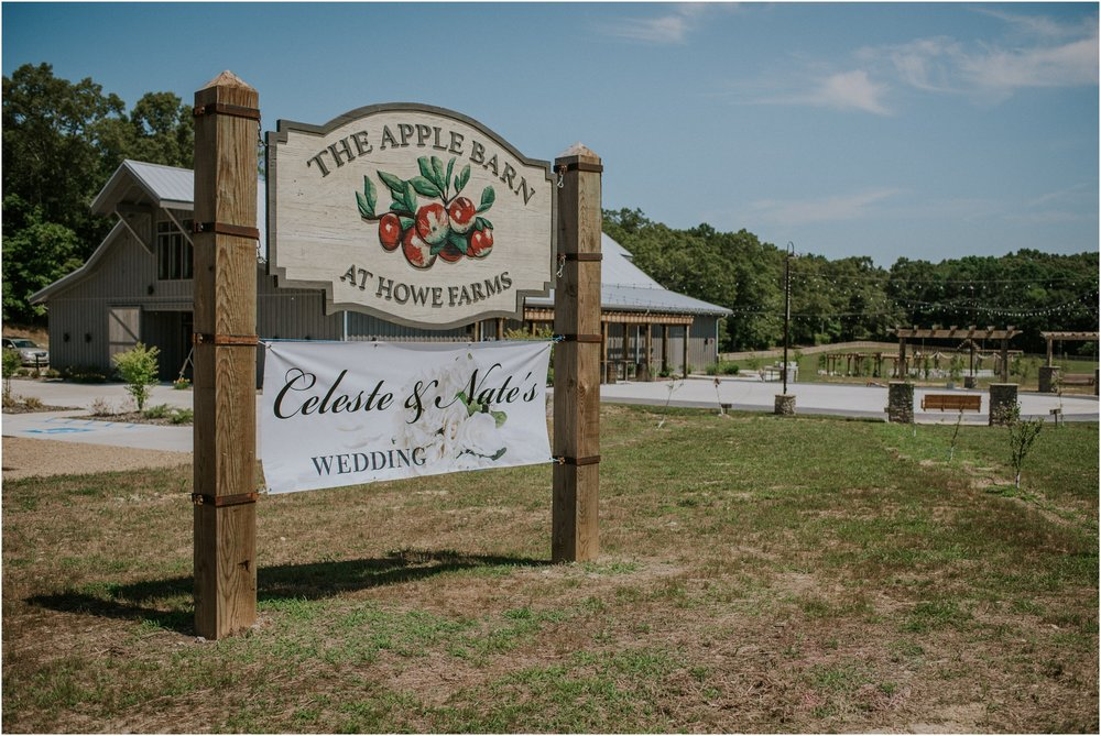 pink-rustic-apple-barn-howe-farms-elegant-summer-wedding-cleveland-tennessee-chattanooga-georgetown-tn_0004.jpg