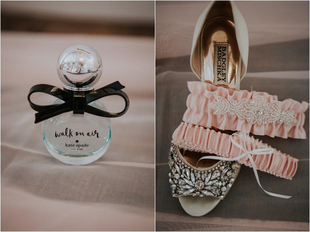 pink-rustic-apple-barn-howe-farms-elegant-summer-wedding-cleveland-tennessee-chattanooga-georgetown-tn_0010.jpg