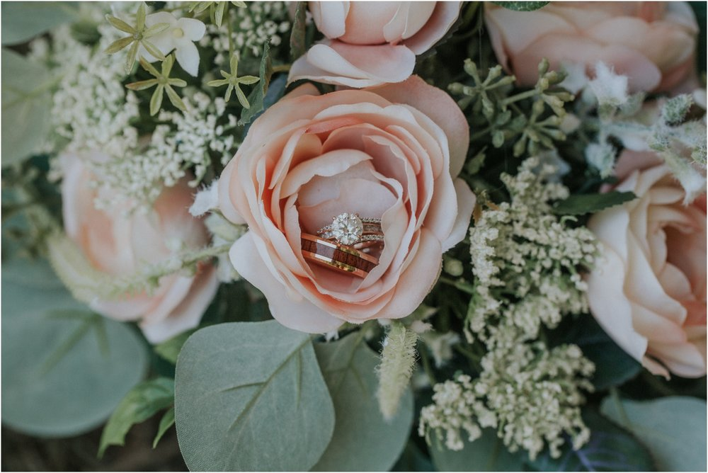 pink-rustic-apple-barn-howe-farms-elegant-summer-wedding-cleveland-tennessee-chattanooga-georgetown-tn_0024.jpg