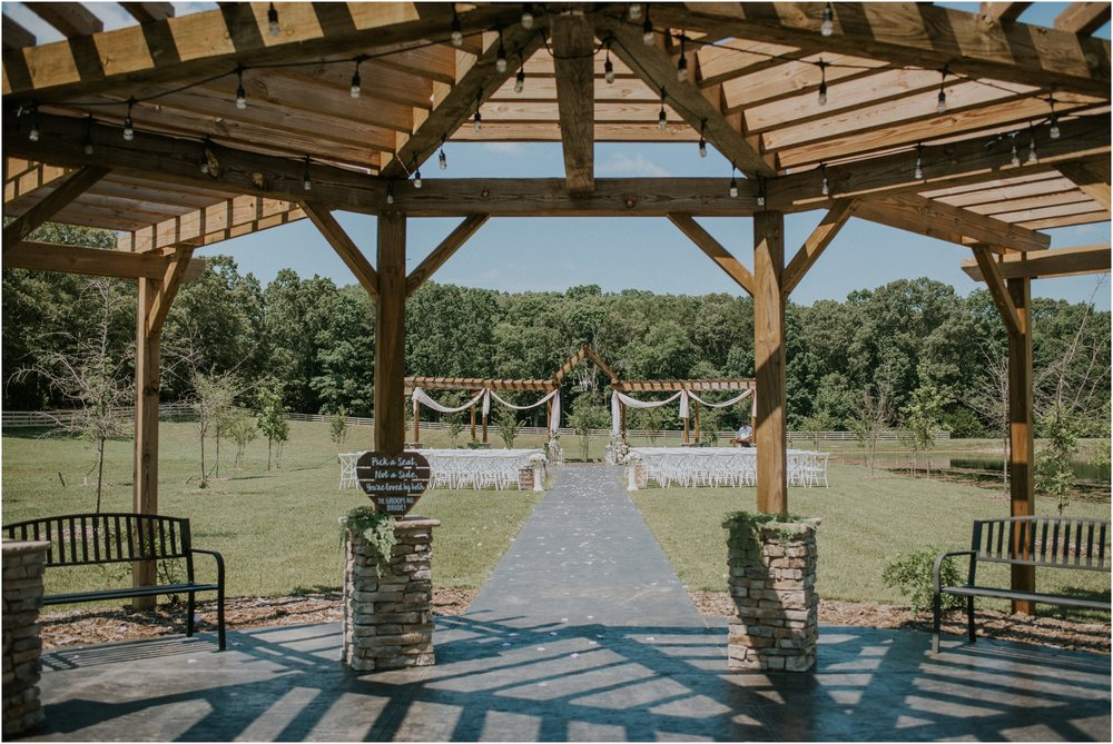 pink-rustic-apple-barn-howe-farms-elegant-summer-wedding-cleveland-tennessee-chattanooga-georgetown-tn_0091.jpg