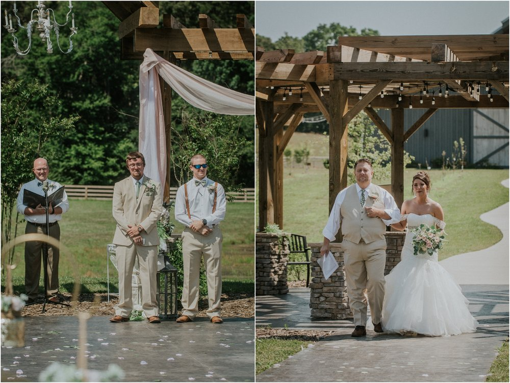 pink-rustic-apple-barn-howe-farms-elegant-summer-wedding-cleveland-tennessee-chattanooga-georgetown-tn_0105.jpg