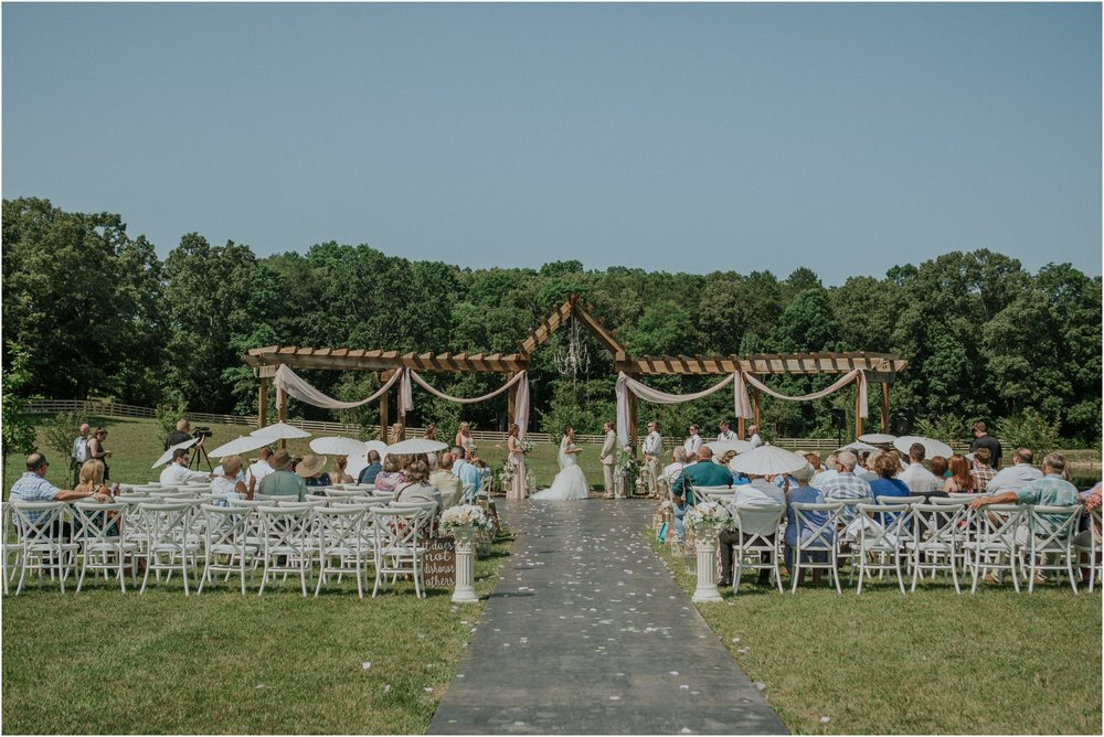 pink-rustic-apple-barn-howe-farms-elegant-summer-wedding-cleveland-tennessee-chattanooga-georgetown-tn_0110.jpg