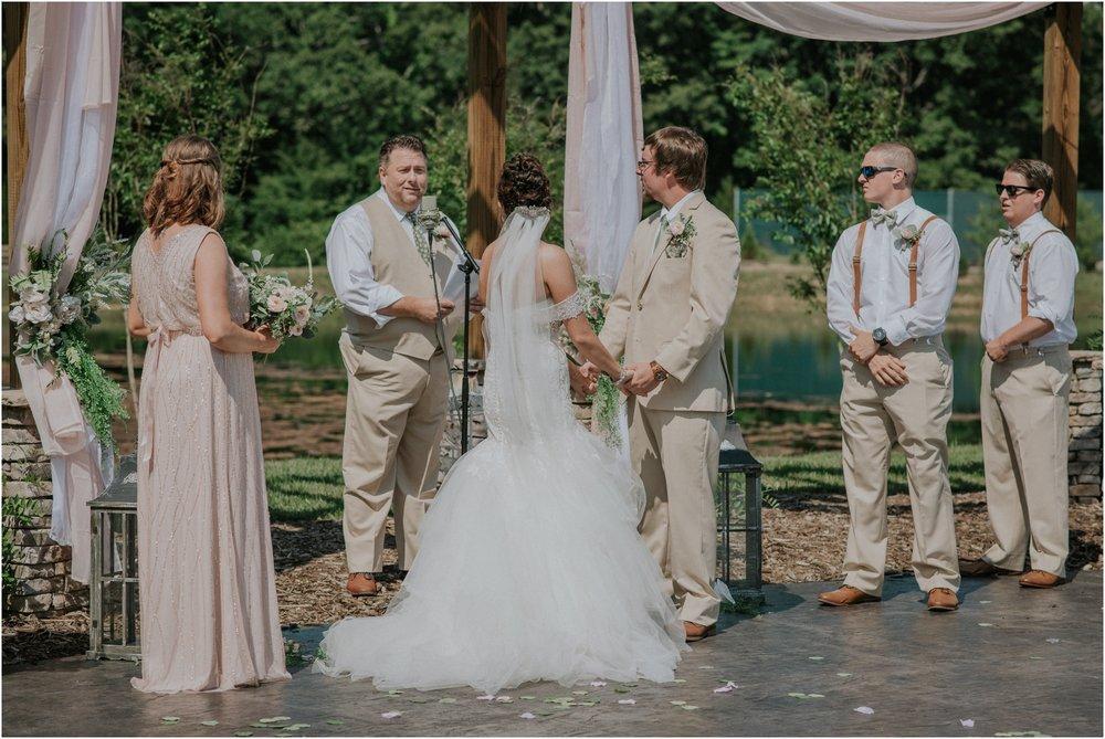 pink-rustic-apple-barn-howe-farms-elegant-summer-wedding-cleveland-tennessee-chattanooga-georgetown-tn_0123.jpg