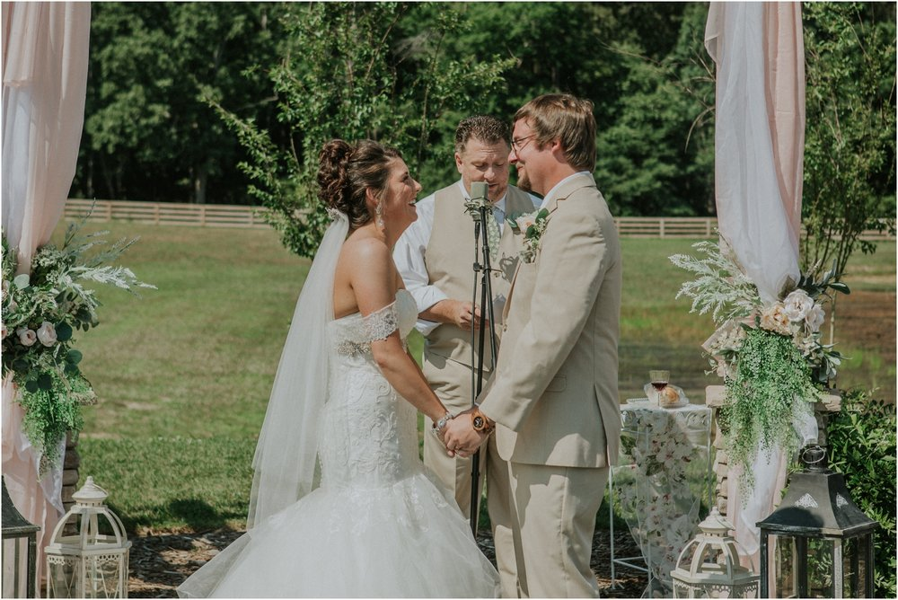 pink-rustic-apple-barn-howe-farms-elegant-summer-wedding-cleveland-tennessee-chattanooga-georgetown-tn_0124.jpg