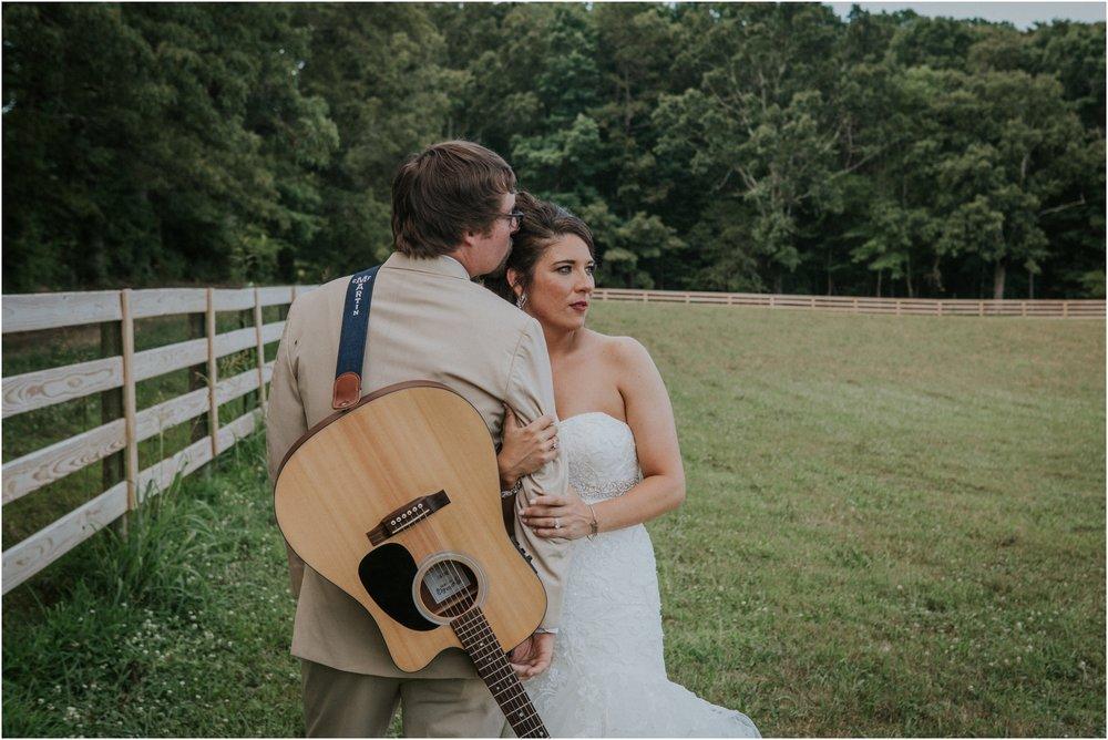 pink-rustic-apple-barn-howe-farms-elegant-summer-wedding-cleveland-tennessee-chattanooga-georgetown-tn_0149.jpg