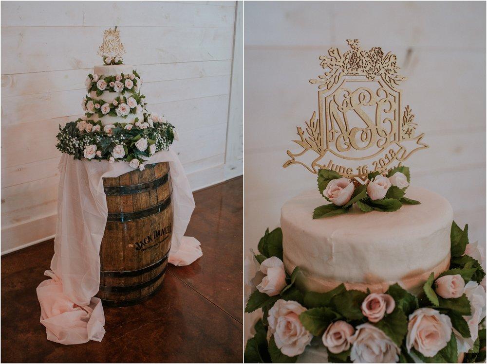pink-rustic-apple-barn-howe-farms-elegant-summer-wedding-cleveland-tennessee-chattanooga-georgetown-tn_0164.jpg