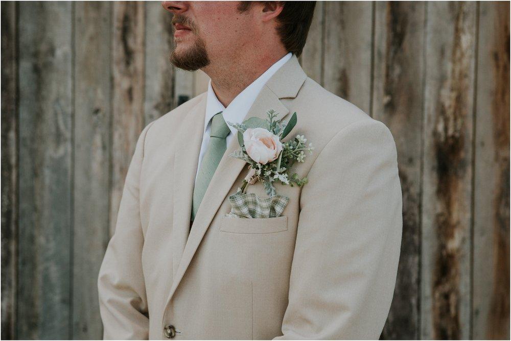 pink-rustic-apple-barn-howe-farms-elegant-summer-wedding-cleveland-tennessee-chattanooga-georgetown-tn_0186.jpg
