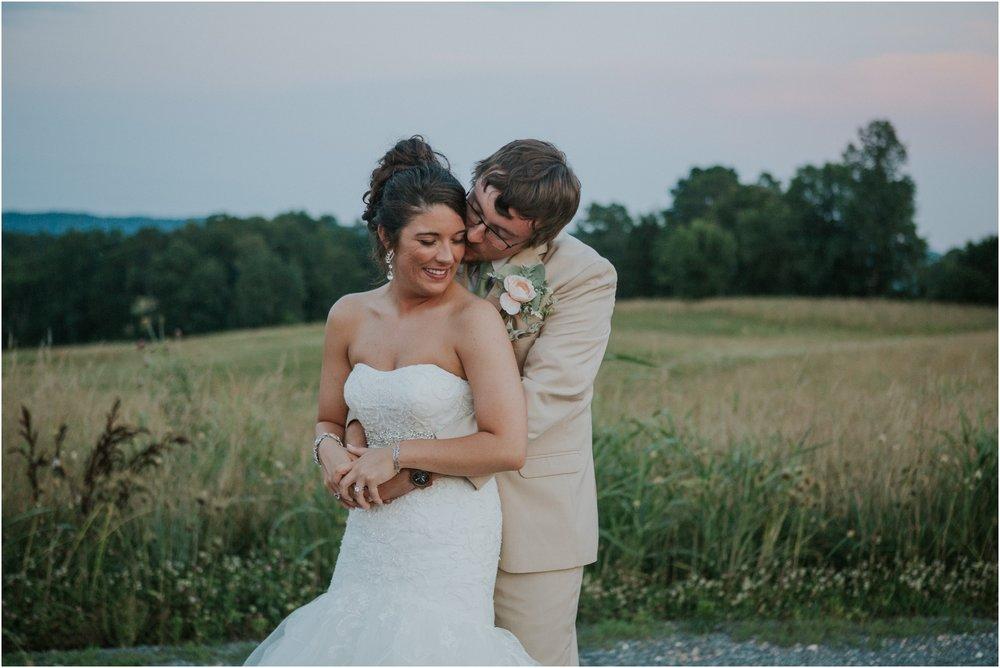 pink-rustic-apple-barn-howe-farms-elegant-summer-wedding-cleveland-tennessee-chattanooga-georgetown-tn_0194.jpg