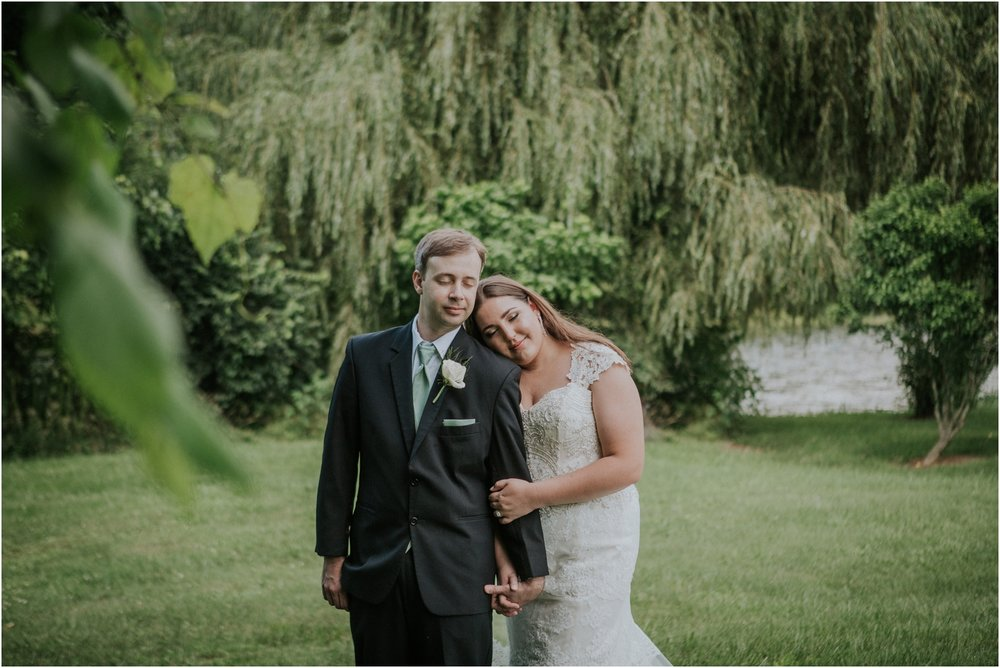 elizabethton-johnson-city-wedding-elopement-engagement-pink-green-summer-adventurous-couple-tennessee_0046.jpg