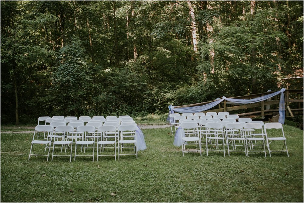sugar-hollow-park-bristol-virginia-wedding-intimate-woodsy-black-forest-ceremony-adventurous-couple_0007.jpg
