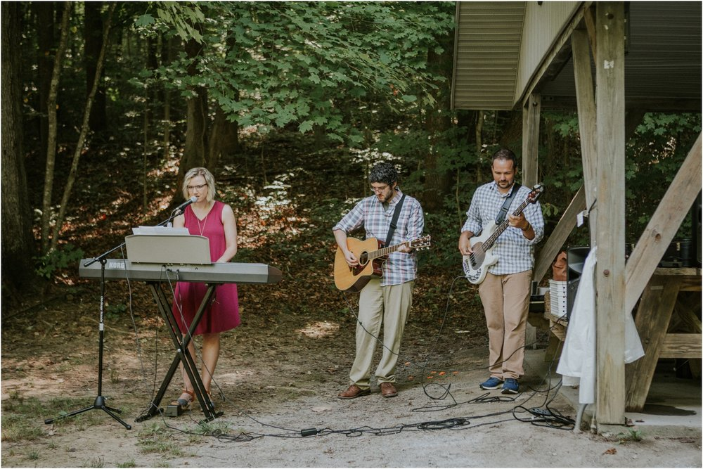 sugar-hollow-park-bristol-virginia-wedding-intimate-woodsy-black-forest-ceremony-adventurous-couple_0020.jpg