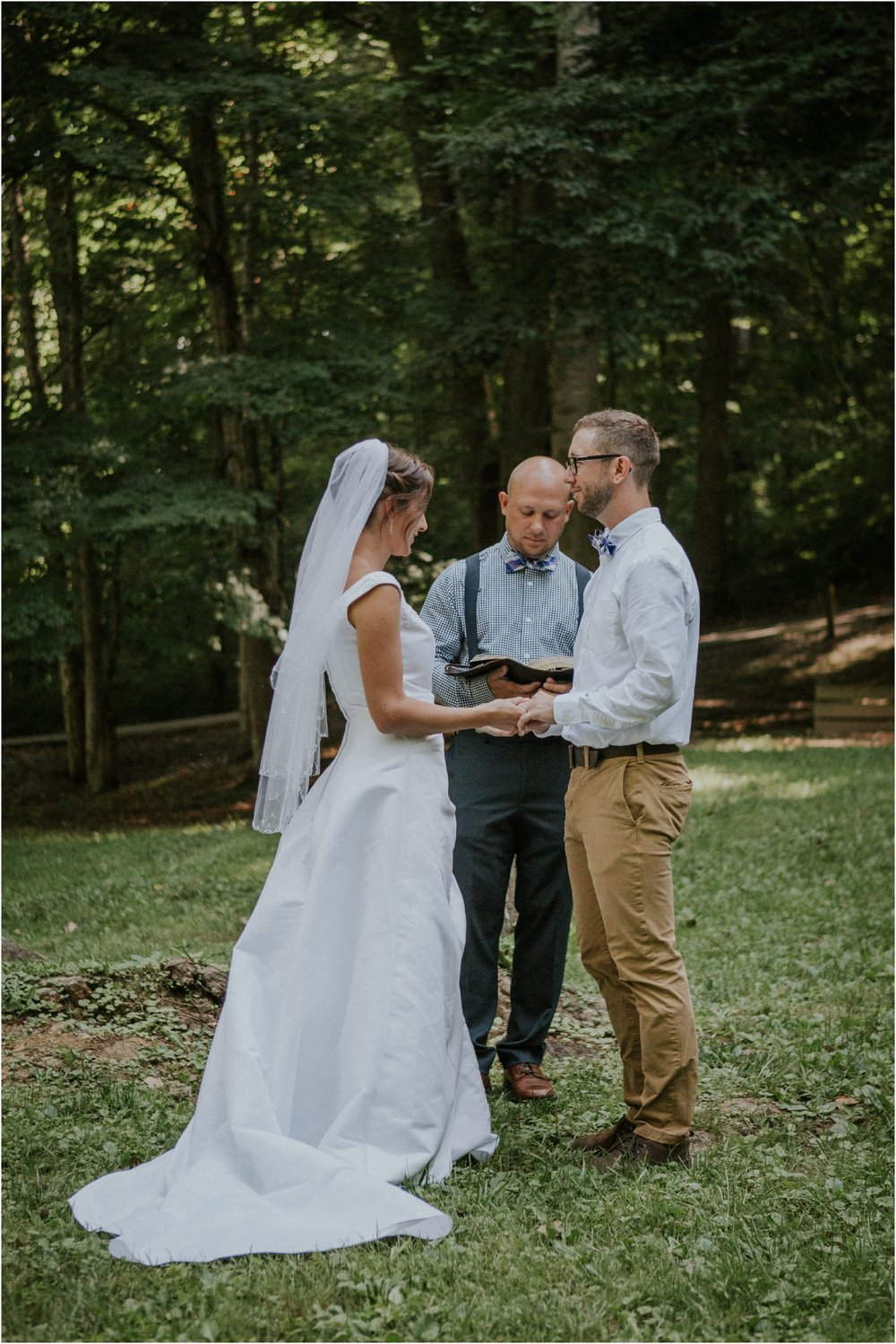 sugar-hollow-park-bristol-virginia-wedding-intimate-woodsy-black-forest-ceremony-adventurous-couple_0021.jpg