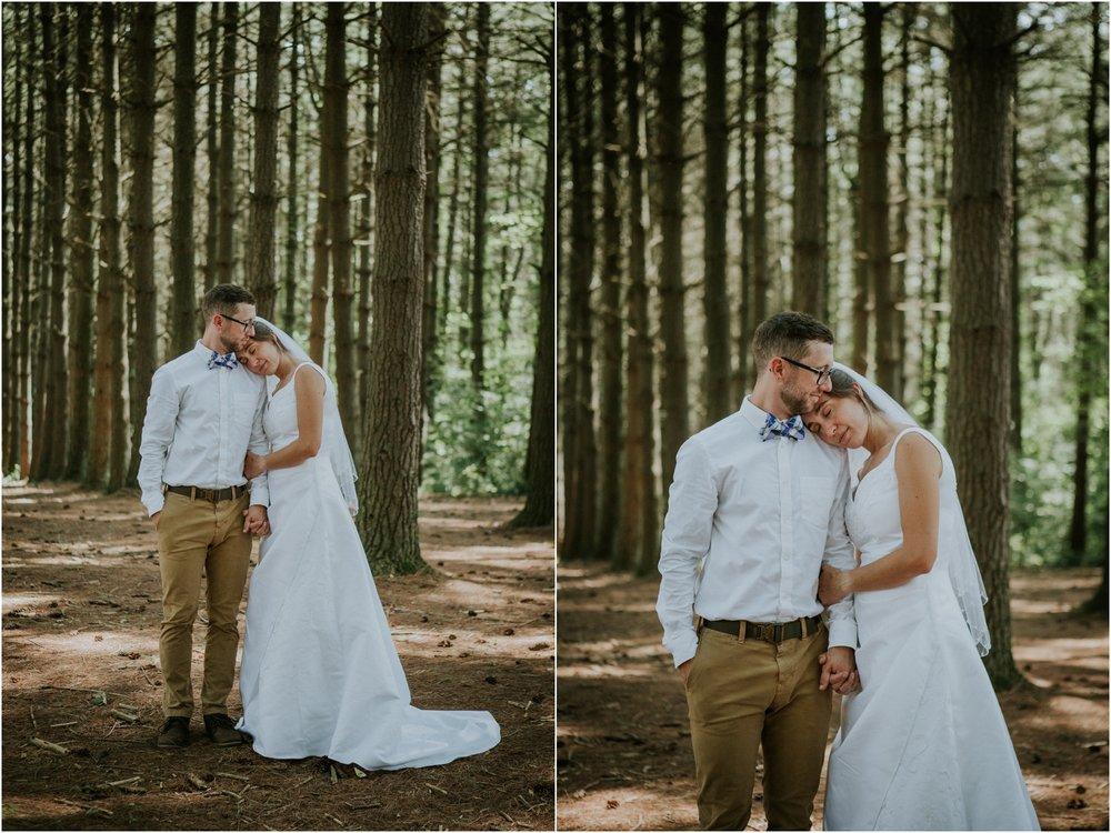 sugar-hollow-park-bristol-virginia-wedding-intimate-woodsy-black-forest-ceremony-adventurous-couple_0067.jpg