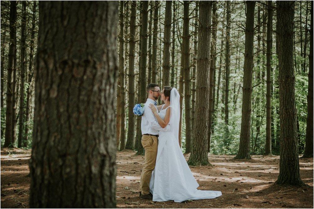 sugar-hollow-park-bristol-virginia-wedding-intimate-woodsy-black-forest-ceremony-adventurous-couple_0070.jpg