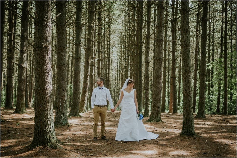 sugar-hollow-park-bristol-virginia-wedding-intimate-woodsy-black-forest-ceremony-adventurous-couple_0076.jpg