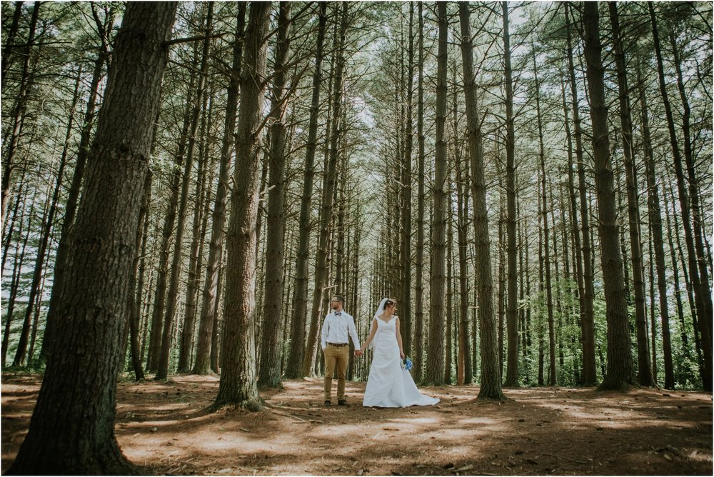sugar-hollow-park-bristol-virginia-wedding-intimate-woodsy-black-forest-ceremony-adventurous-couple_0077.jpg