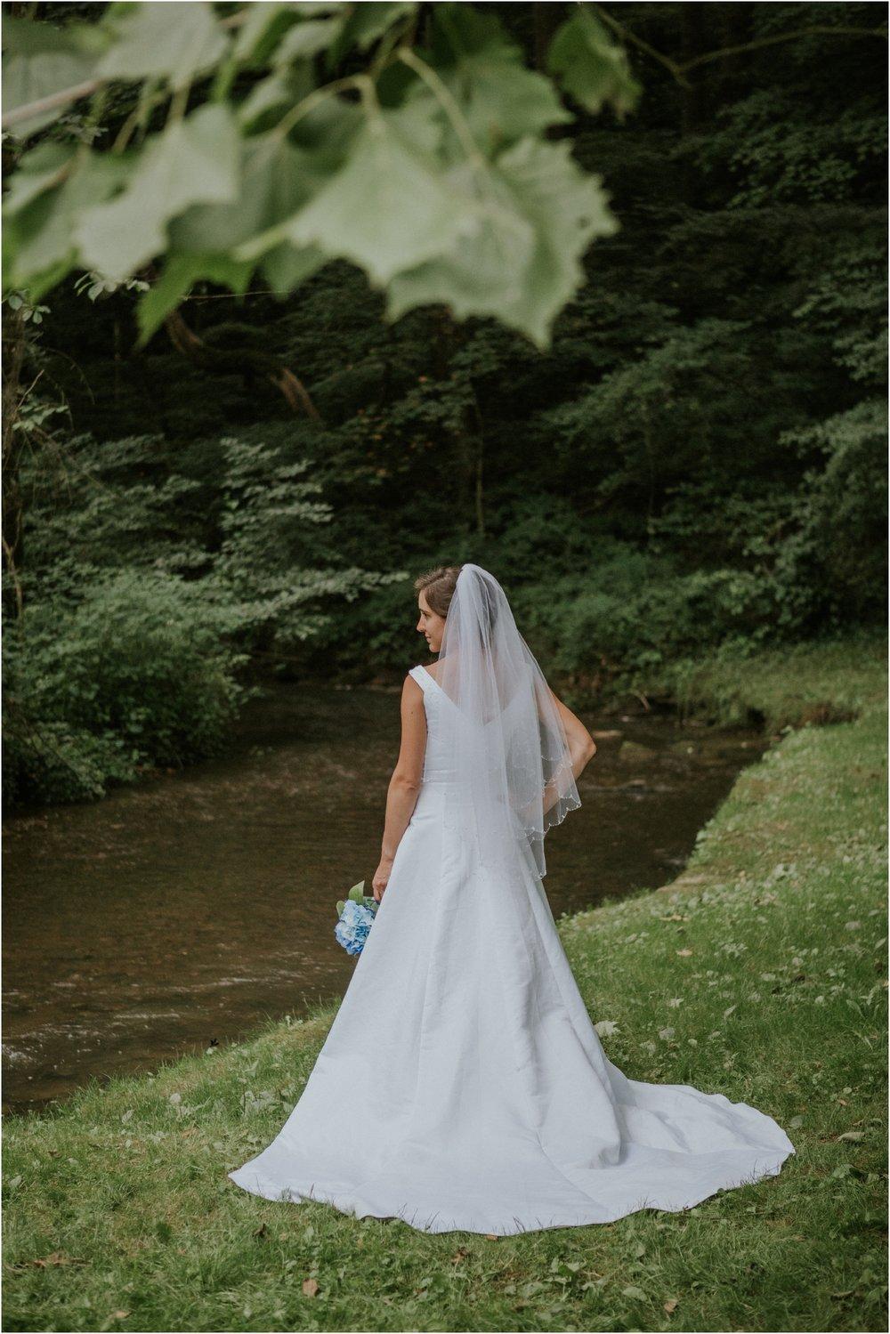 sugar-hollow-park-bristol-virginia-wedding-intimate-woodsy-black-forest-ceremony-adventurous-couple_0096.jpg