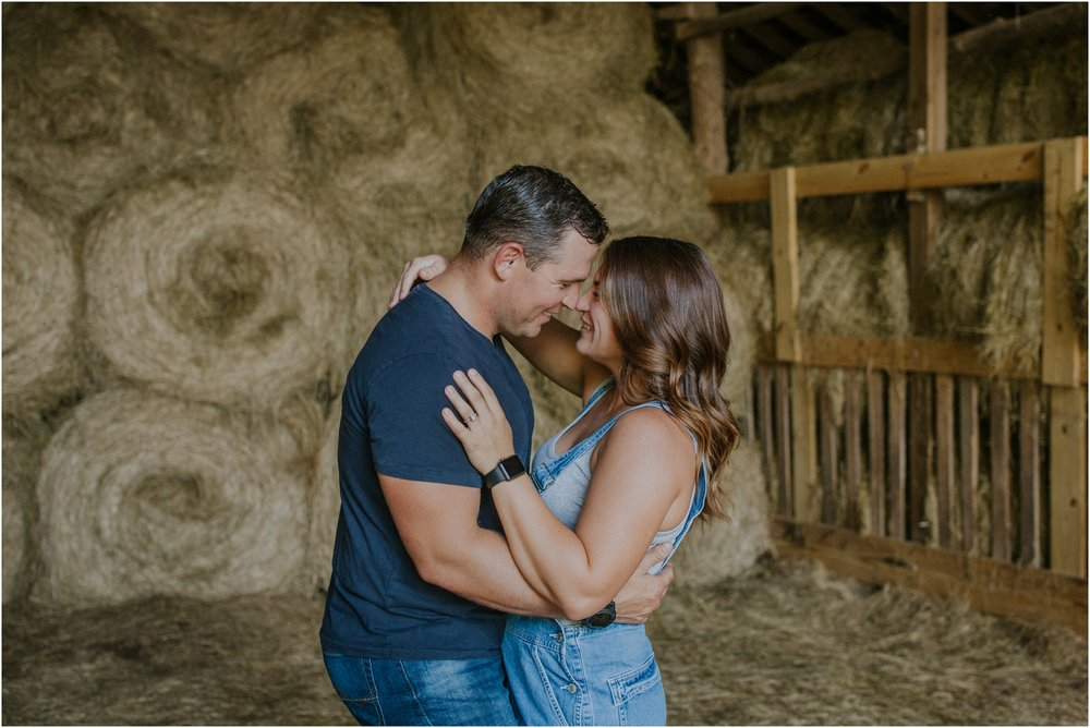 rustic-farm-virginia-countryside-sunset-engagement-session-grayson-county-independence-katy-sergent-northeast-tennessee_0009.jpg