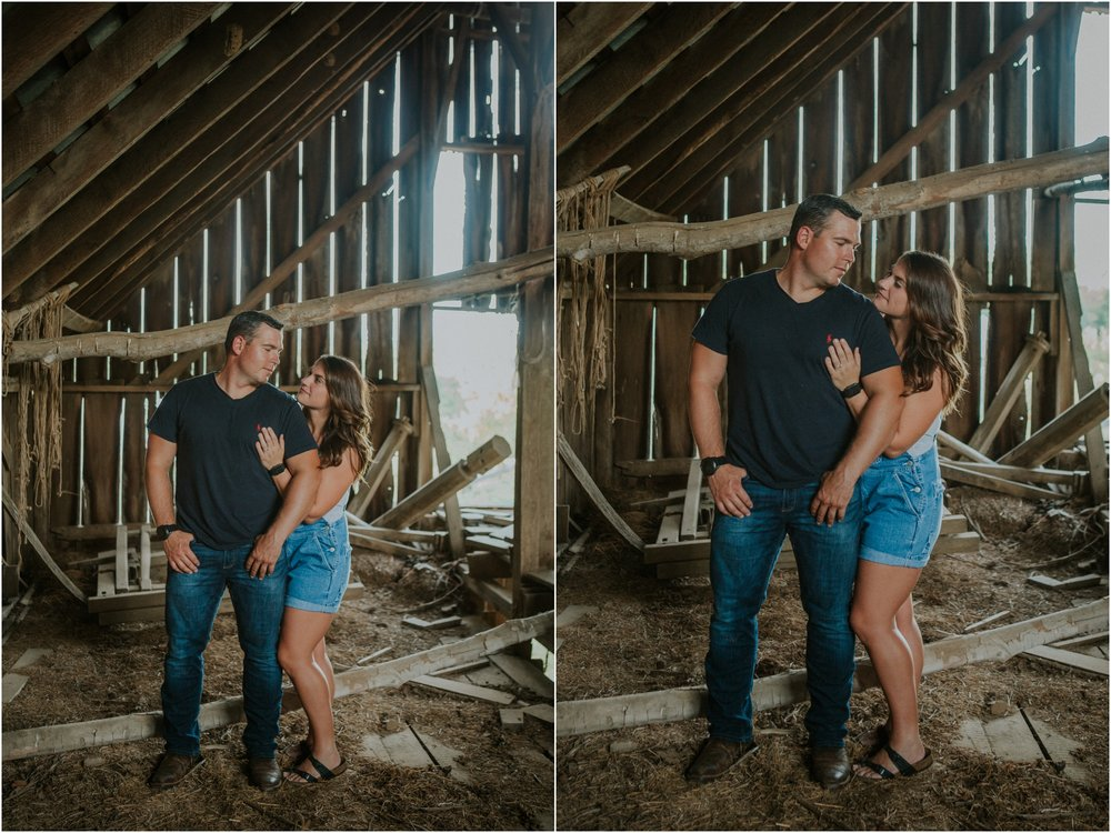 rustic-farm-virginia-countryside-sunset-engagement-session-grayson-county-independence-katy-sergent-northeast-tennessee_0019.jpg