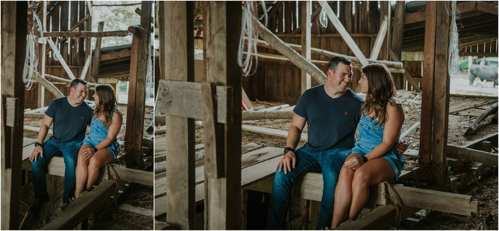 rustic-farm-virginia-countryside-sunset-engagement-session-grayson-county-independence-katy-sergent-northeast-tennessee_0022.jpg