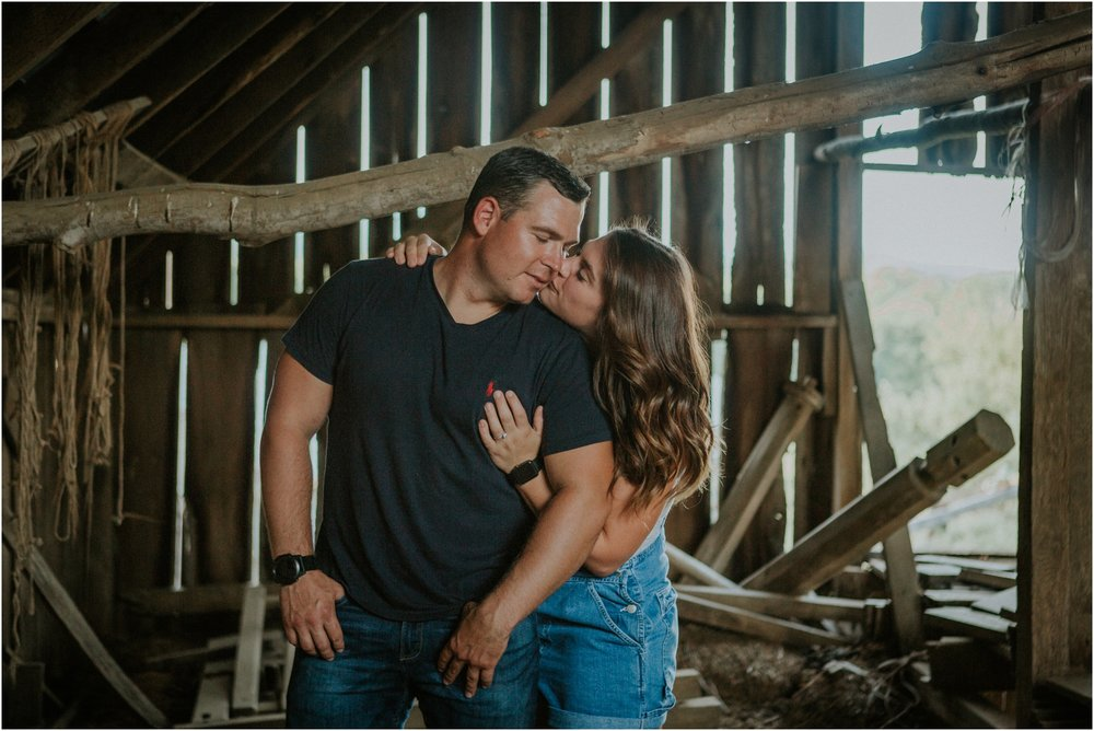 rustic-farm-virginia-countryside-sunset-engagement-session-grayson-county-independence-katy-sergent-northeast-tennessee_0021.jpg