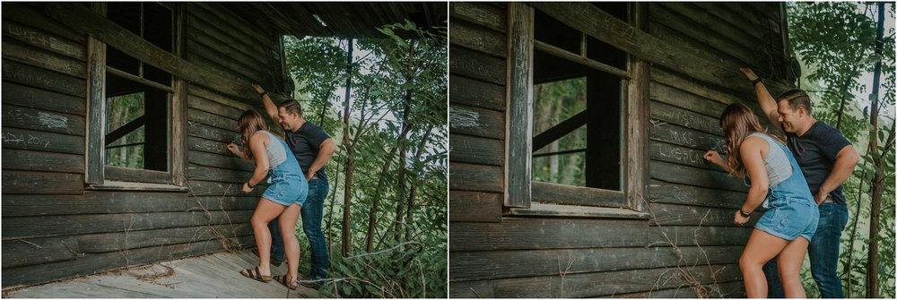 rustic-farm-virginia-countryside-sunset-engagement-session-grayson-county-independence-katy-sergent-northeast-tennessee_0057.jpg