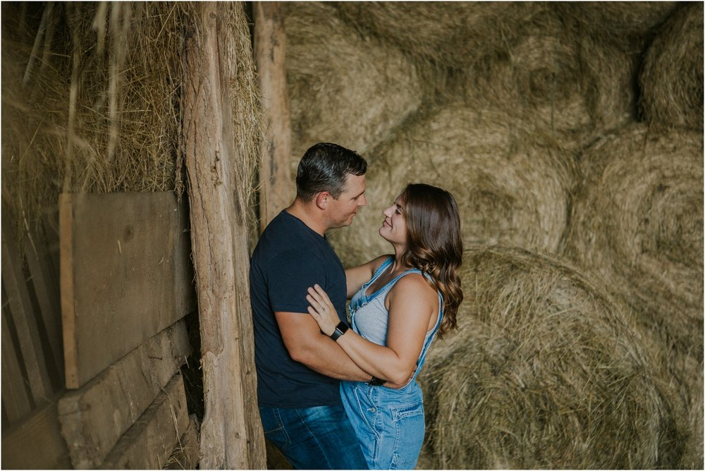 rustic-farm-virginia-countryside-sunset-engagement-session-grayson-county-independence-katy-sergent-northeast-tennessee_0071.jpg