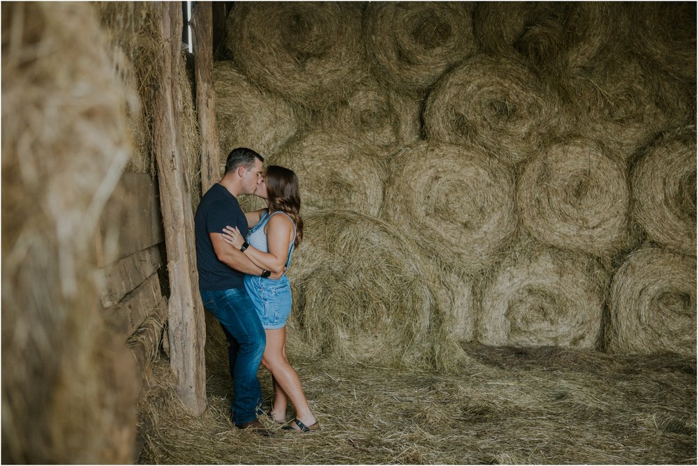 rustic-farm-virginia-countryside-sunset-engagement-session-grayson-county-independence-katy-sergent-northeast-tennessee_0070.jpg