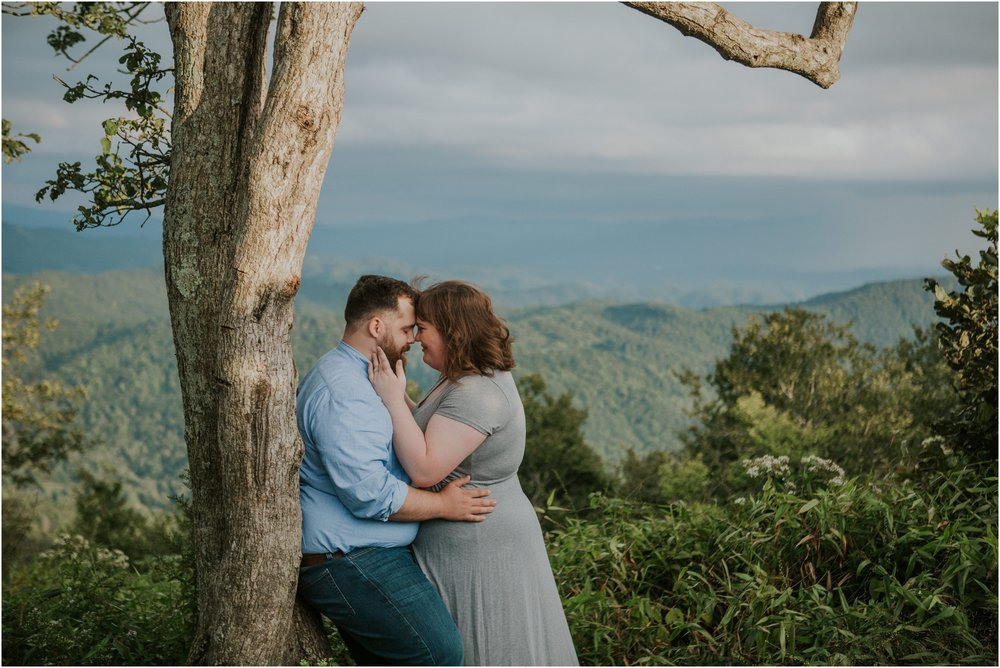 beauty-spot-unaka-mountains-erwin-tn-tennessee-engagement-session-sunset-adventurous-couple-mountain-bald_0014.jpg
