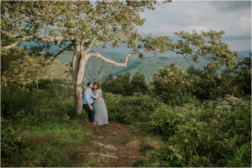beauty-spot-unaka-mountains-erwin-tn-tennessee-engagement-session-sunset-adventurous-couple-mountain-bald_0016.jpg