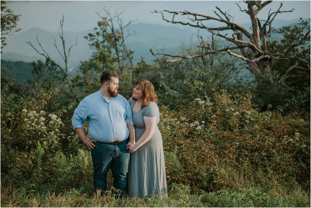beauty-spot-unaka-mountains-erwin-tn-tennessee-engagement-session-sunset-adventurous-couple-mountain-bald_0026.jpg