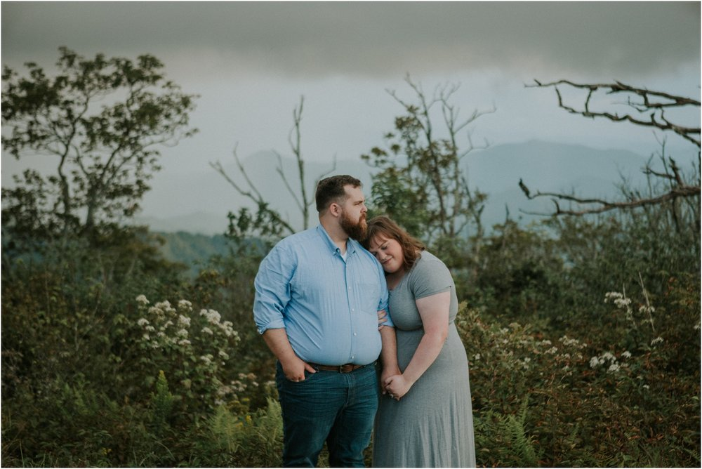 beauty-spot-unaka-mountains-erwin-tn-tennessee-engagement-session-sunset-adventurous-couple-mountain-bald_0027.jpg