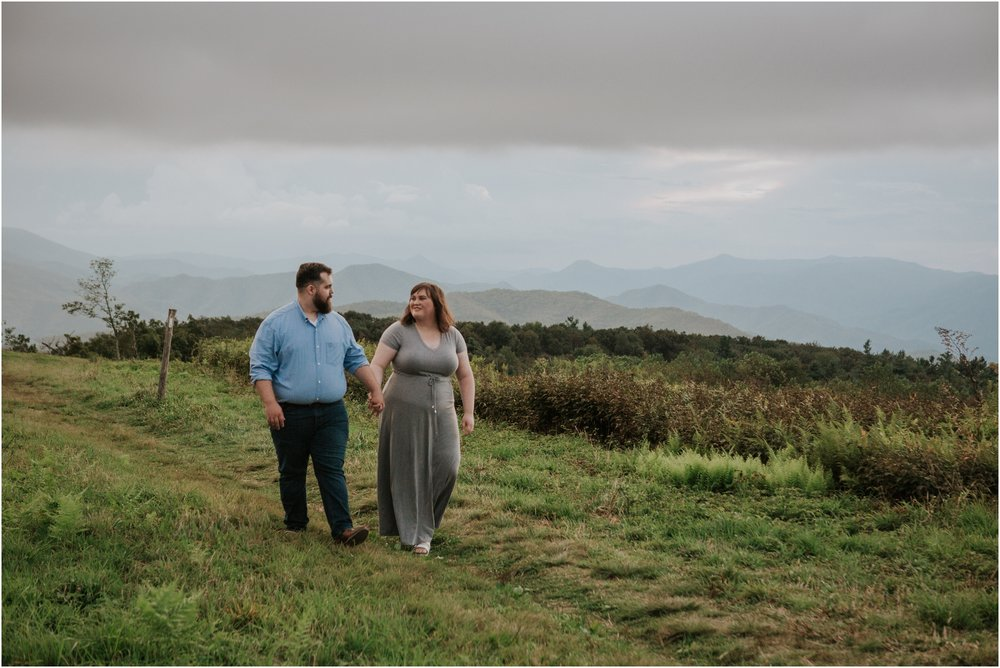 beauty-spot-unaka-mountains-erwin-tn-tennessee-engagement-session-sunset-adventurous-couple-mountain-bald_0029.jpg