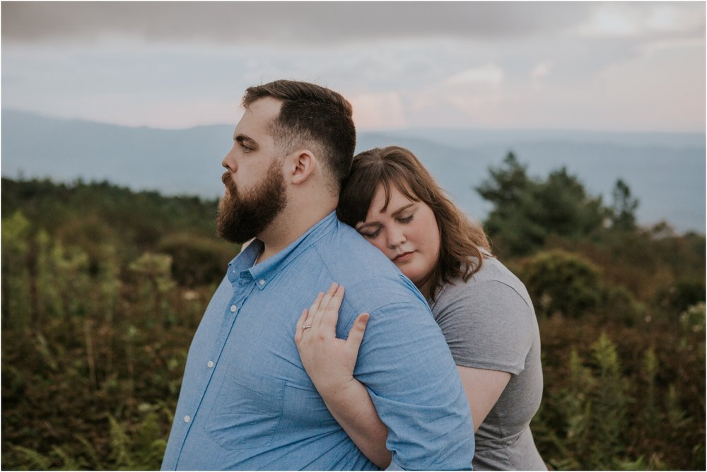 beauty-spot-unaka-mountains-erwin-tn-tennessee-engagement-session-sunset-adventurous-couple-mountain-bald_0038.jpg
