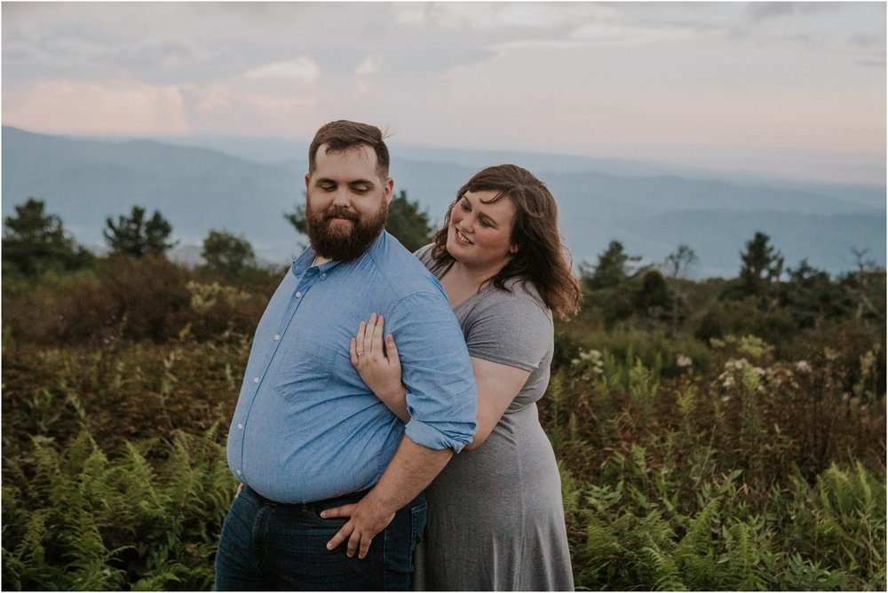 beauty-spot-unaka-mountains-erwin-tn-tennessee-engagement-session-sunset-adventurous-couple-mountain-bald_0041.jpg