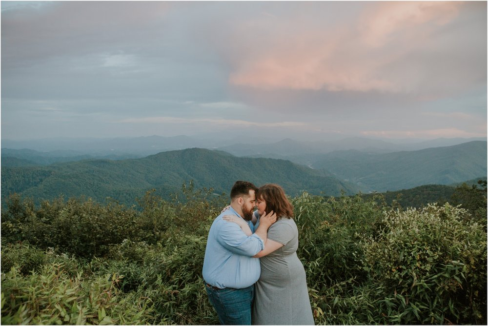 beauty-spot-unaka-mountains-erwin-tn-tennessee-engagement-session-sunset-adventurous-couple-mountain-bald_0050.jpg