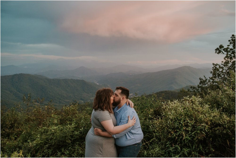 beauty-spot-unaka-mountains-erwin-tn-tennessee-engagement-session-sunset-adventurous-couple-mountain-bald_0054.jpg