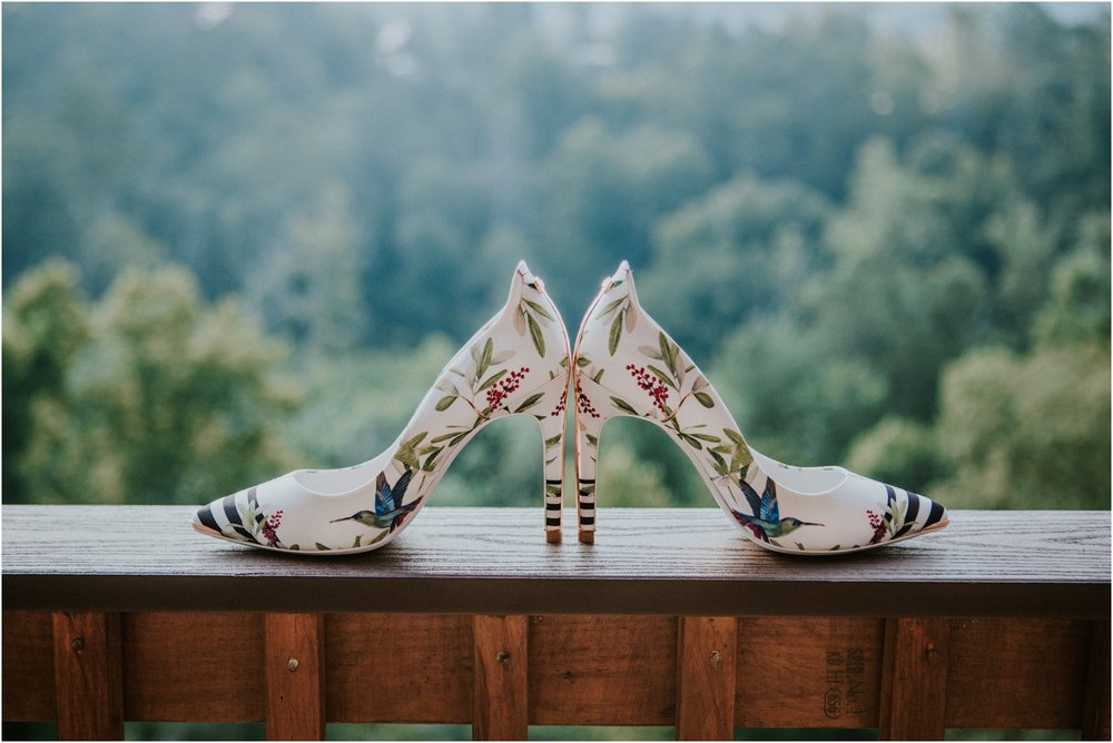 cabin-parkside-resort-the-magnolia-venue-tennessee-mountain-views-intimate-wedding_0017.jpg