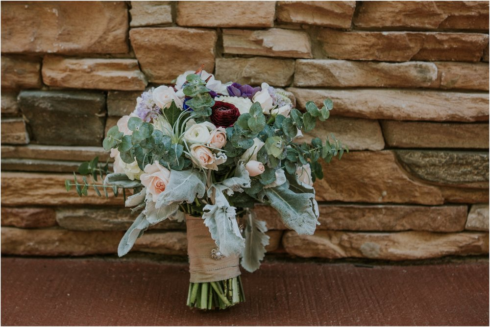 cabin-parkside-resort-the-magnolia-venue-tennessee-mountain-views-intimate-wedding_0027.jpg