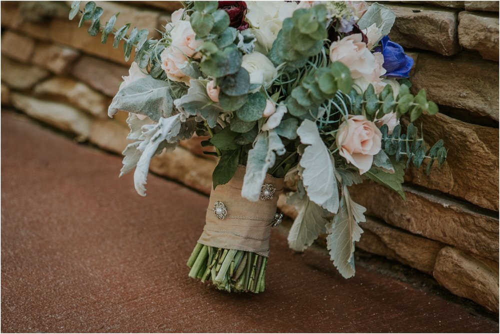 cabin-parkside-resort-the-magnolia-venue-tennessee-mountain-views-intimate-wedding_0030.jpg