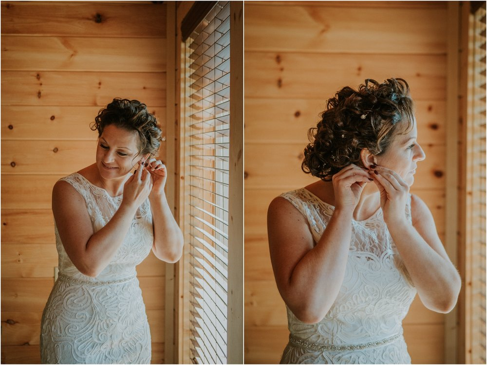 cabin-parkside-resort-the-magnolia-venue-tennessee-mountain-views-intimate-wedding_0047.jpg