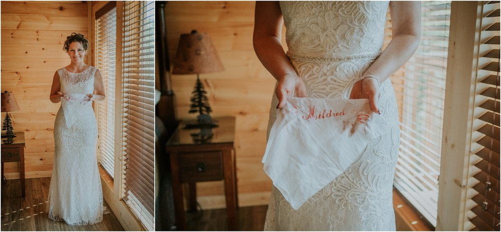 cabin-parkside-resort-the-magnolia-venue-tennessee-mountain-views-intimate-wedding_0051.jpg