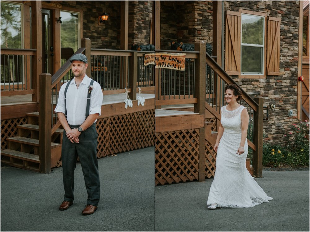 cabin-parkside-resort-the-magnolia-venue-tennessee-mountain-views-intimate-wedding_0056.jpg