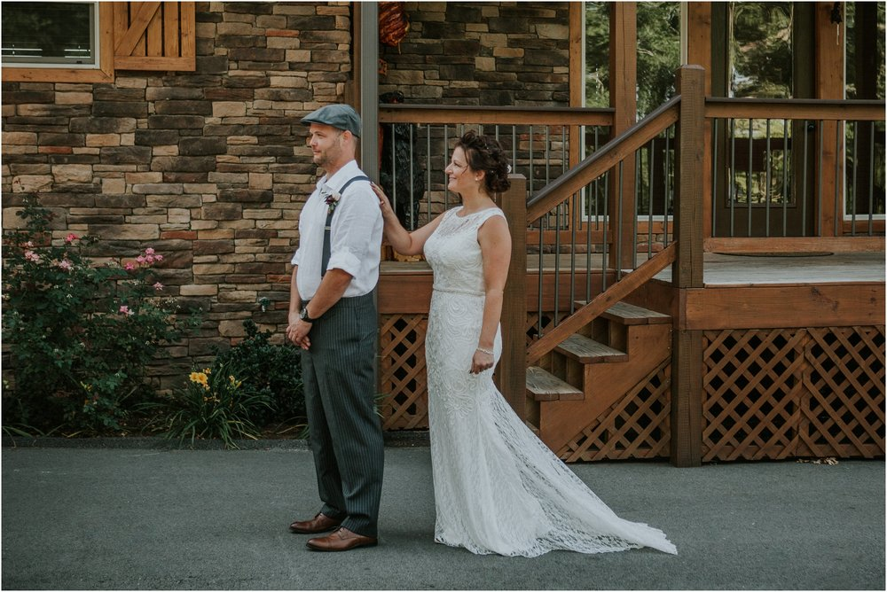 cabin-parkside-resort-the-magnolia-venue-tennessee-mountain-views-intimate-wedding_0057.jpg