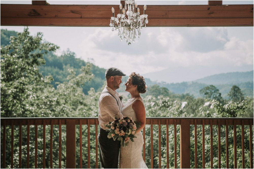 cabin-parkside-resort-the-magnolia-venue-tennessee-mountain-views-intimate-wedding_0069.jpg