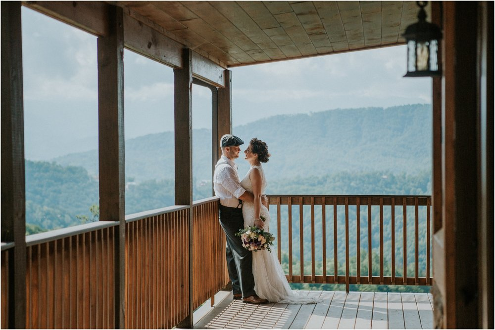 cabin-parkside-resort-the-magnolia-venue-tennessee-mountain-views-intimate-wedding_0075.jpg